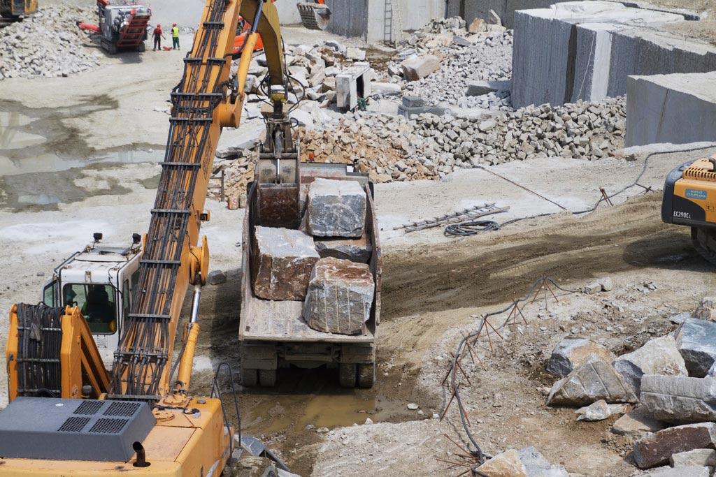 Dostawa kamienia hydrotechnicznego 2-6 ton