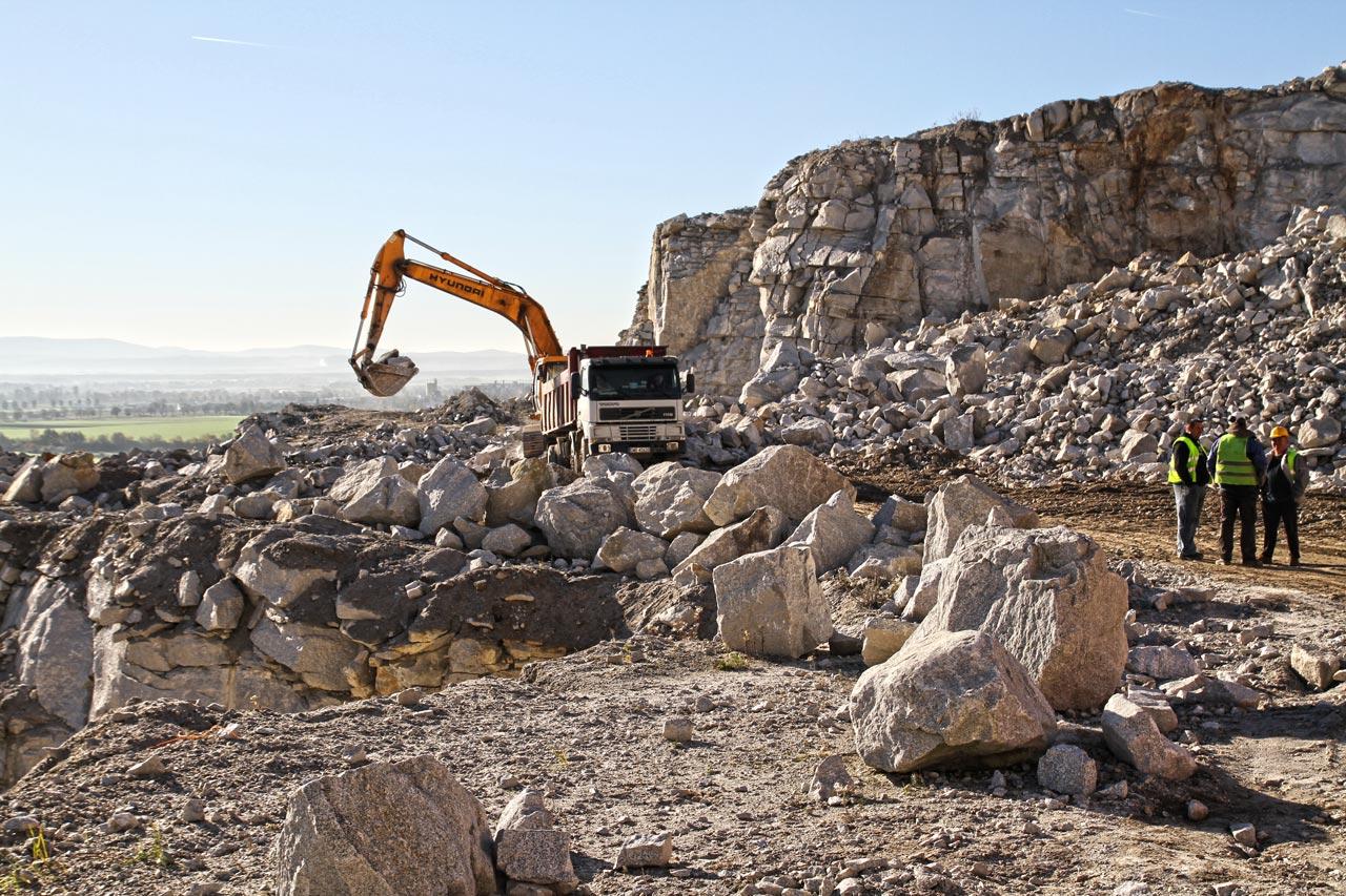 Produkcja kruszywa hydrotechnicznego - kopalnia Graniczna