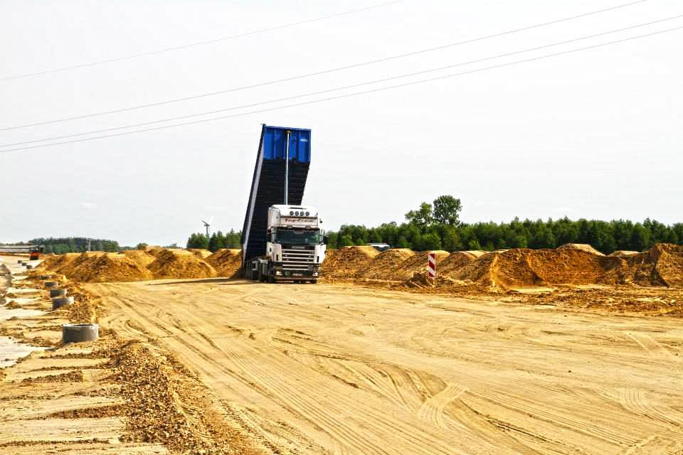 Budowa drogi S8 - dostawa kruszyw drogowych